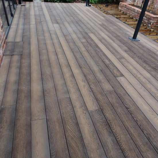 Millboard Antique Oak outdoor